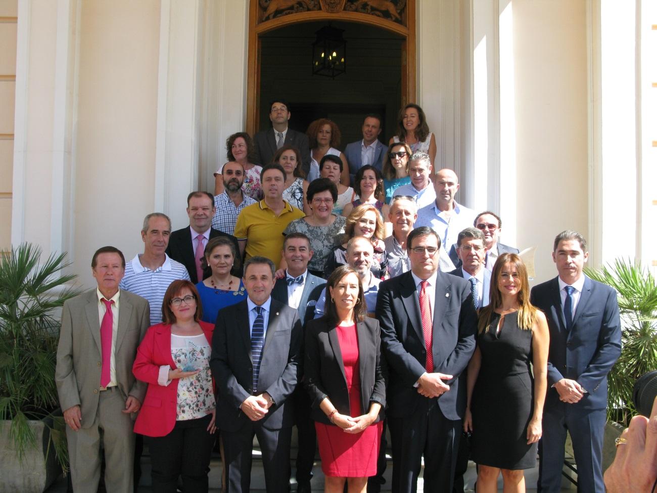 El Centro Penitenciario de Albolote concede el Premio Prometeo 2016 a la UNED de Motril
