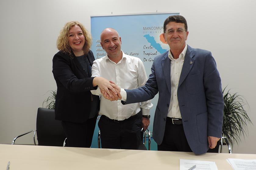 Convenio de Colaboración entre la UNED de Motril y la Mancomunidad de Municipios de la Costa Tropical